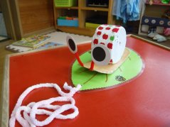 【けやきっ子】手作り企画 ひっぱりおもちゃ